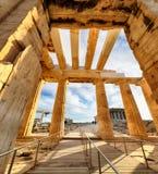 雅典娜耐克Propylaea古老入口门户寺庙破坏上城雅典-希腊,没人 免版税库存图片