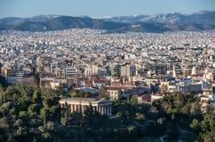雅典市看法有Hephaestus寺庙的从上城hil的 库存图片