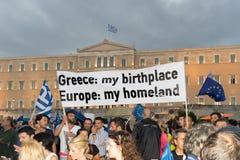 雅典,希腊, 2015年6月30日 希腊人民展示了反对关于即将来临的公民投票的政府 免版税库存照片