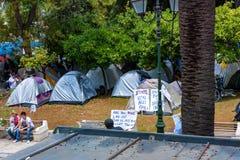 雅典,希腊- 2011年6月:举行罢工的人们 免版税图库摄影