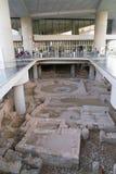 雅典,希腊- 2017年11月15日:对新的上城博物馆的入口在雅典 设计由瑞士法语 库存照片