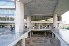 雅典,希腊- 2017年11月15日:对新的上城博物馆的入口在雅典 设计由瑞士法语 库存图片