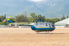 雅典,希腊2015年9月13日 直升机准备好展示在雅典空气星期飞行展示 图库摄影