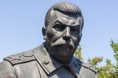 雅尔塔,俄罗斯- 7月3 :纪念碑的开头 免版税库存照片