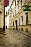 集中城市空的老街道 图库摄影