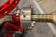 集中自动化的机器人纸卷牛颈肉焊接的用管道输送 库存图片