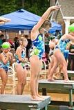集会平台准备好的游泳 免版税库存照片