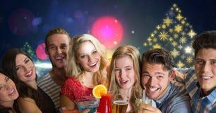 集会有的人乐趣和雪花新年圣诞晚会光五颜六色的样式形状 免版税库存照片