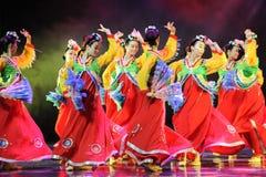 集体舞蹈---韩国舞蹈 免版税库存照片