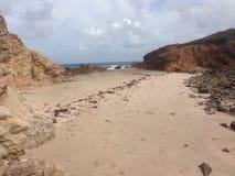 集合点海滩安提瓜岛 免版税库存图片
