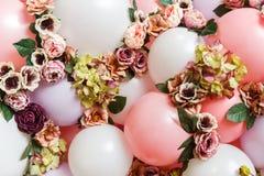 集合的图象从球和花的 库存照片