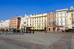 集市广场的北部正面,克拉科夫 免版税库存照片