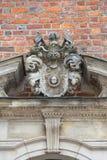 集市广场的,在门面,弗罗茨瓦夫,波兰的安心哥特式弗罗茨瓦夫老城镇厅 免版税图库摄影