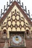 集市广场的,弗罗茨瓦夫,波兰哥特式弗罗茨瓦夫城镇厅 免版税库存照片