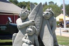 集市橙色沙子雕塑 免版税库存图片