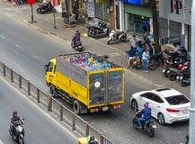 集气筒在卡车的汽油箱 免版税图库摄影