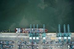 集装箱船垂直视图 免版税库存照片