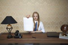 雇员的新的合同 免版税库存图片