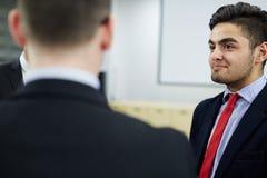 雇员谈话  免版税库存图片