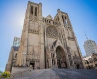 雍容大教堂在旧金山,加利福尼亚 免版税图库摄影
