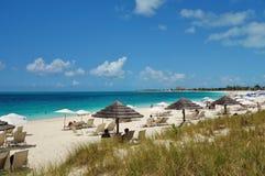 雍容海湾海滩在Providenciales,土耳其人和凯科斯 免版税库存图片
