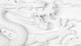 雕刻中国龙 免版税库存照片