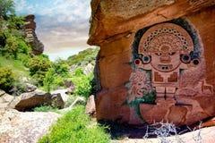 雕刻在石头的印加人浅浮雕,在pozondon,特鲁埃尔省,西班牙 免版税库存照片