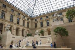 雕刻天窗博物馆巴黎法国的大厅 库存照片