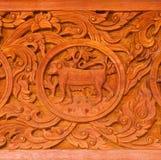 雕刻样式泰国传统木头 库存图片