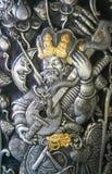 雕刻银 银色样式雕刻泰语的设计和汉语 库存图片
