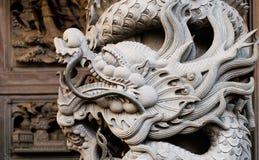 雕刻龙stong寺庙 库存照片