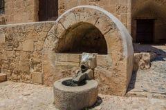 雕塑喷泉在尼科西亚 免版税库存图片