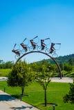 雕塑在公园在圣地亚哥,智利 库存图片