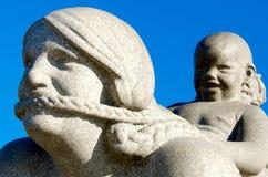 雕塑在Vigeland公园 库存图片