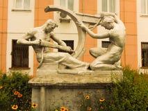 """雕塑工作者和运作的†""""Stakhanovtsy 免版税库存图片"""