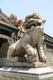 雕塑法庭上广东民间艺术博物馆 免版税库存照片