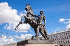 雕塑温驯马 库存图片