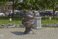 雕塑漫画人物小熊维尼 库存照片