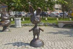雕塑漫画人物小熊维尼 免版税库存照片