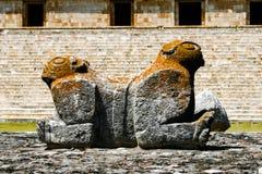 雕塑玛雅人 库存照片