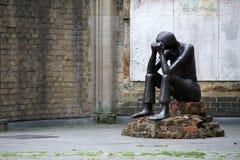 雕塑纪念St尼古拉 免版税库存图片