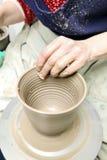 雕塑黏土 黏土手工制造罐 口哨 免版税库存照片