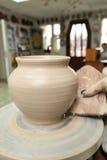 雕塑黏土 手工制造罐 E 图库摄影