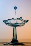 水雕塑-平衡在水 免版税库存照片