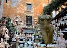 雕象和小雕象 免版税库存图片