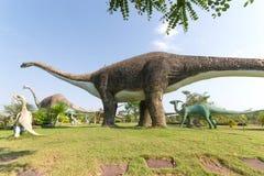 雕象和恐龙公园  免版税库存图片
