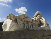 雕象在凡尔赛花园 免版税库存图片