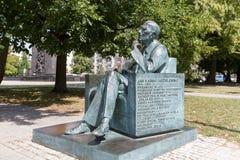 雕象在华沙纪念1月Karski 免版税库存照片