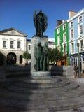 雕象在街市爱尔兰 免版税库存照片
