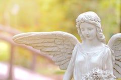 雕象天使 免版税库存图片